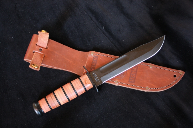 Ka-Bar-USMC-Fighting-Knife