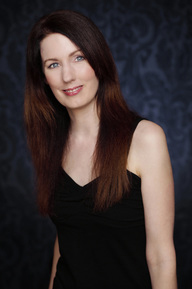 Check out all of Rachel Amphlett's books at RachelAmphlett.com. (Author photo)